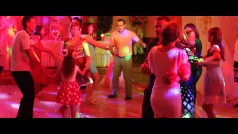 Весілля Гурт Голоси Боржави коломийка у два боки кручена Тячівка гуляє коломийка