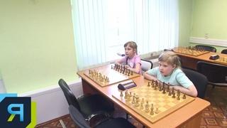 Две сестры из Ноябрьска планируют покорить шахматный олимп
