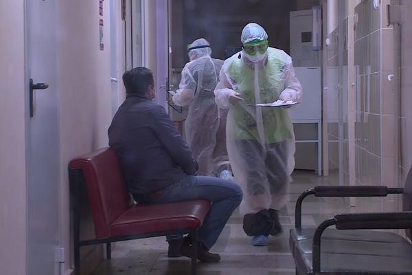 Коронавирус в КЧР: число заболевших COVID-19 превысило отметку в 8600 человек