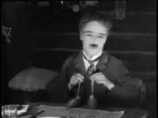 Ч.Чаплин_танец с булочками
