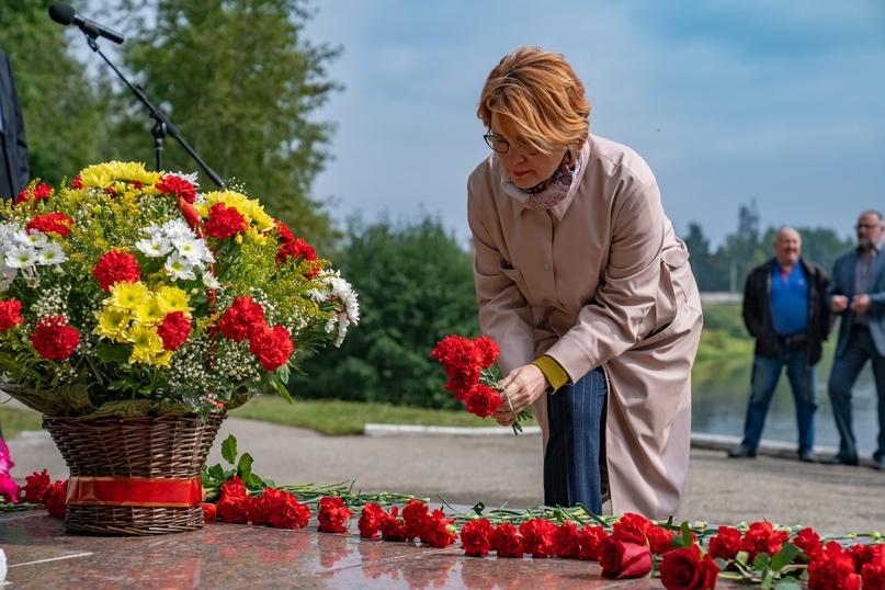 Дань памяти труженикам-северянам, изображение №3