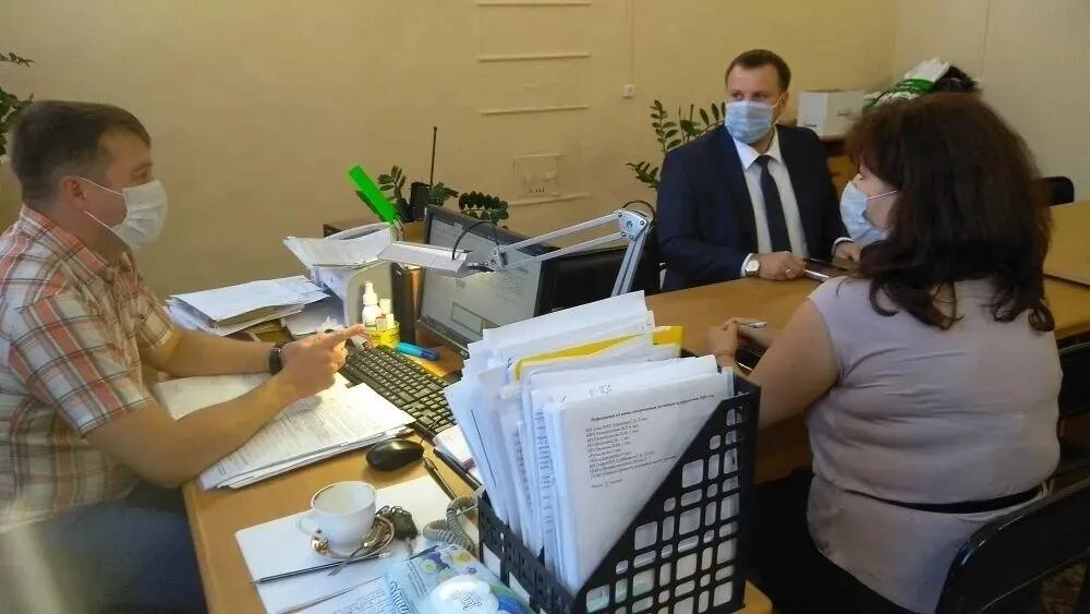 В администрации Петровского района обсудили результаты работы по снижению неформальной занятости