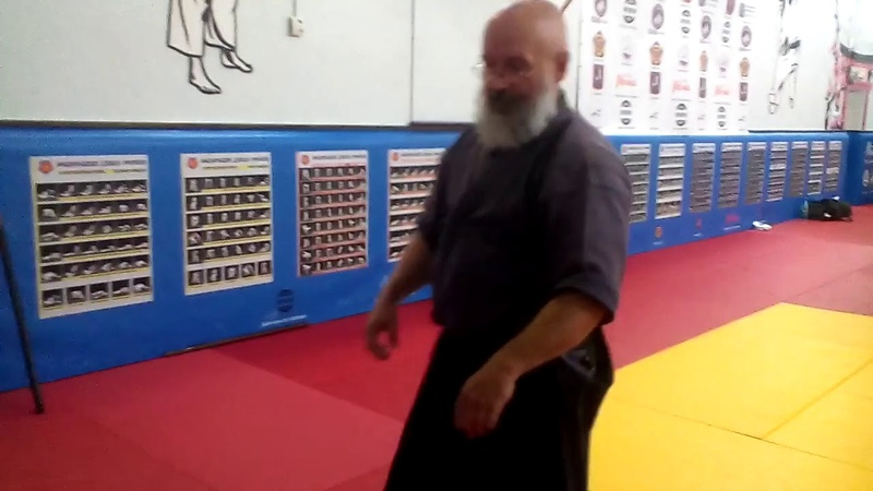 Aikijutsu Wushu Karate Entries in throws by rotating the wrists