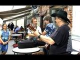 Валерий Ярушин Михаил Богданов Виктор Харакидзян и Владимир Михайлов поют Битлз