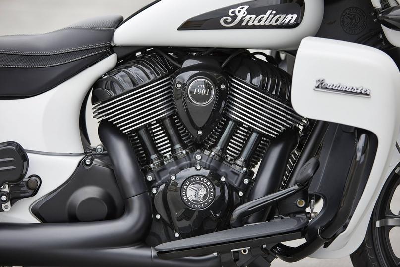 Большой фотосет новых мотоцикл Indian 2020
