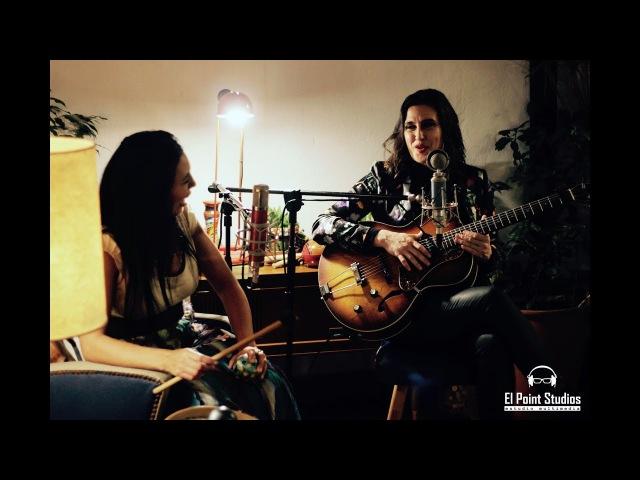 Malena Muyala Feat Charo Bogarín Luz