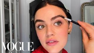 Lucy Hale's ежедневный макияж