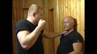 Когда прижали к стене.Урок самообороны. В Н Крючков/Selfdefence. When pressed against the wall.
