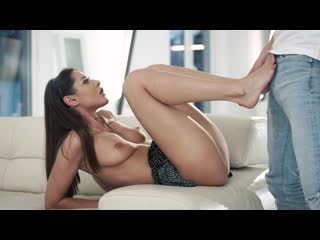 Sybil (Playful Little Feet) порно porno