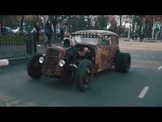 Ukraine. Sumy. Mercedes ML 55 AMG + Opel Olympia 1937