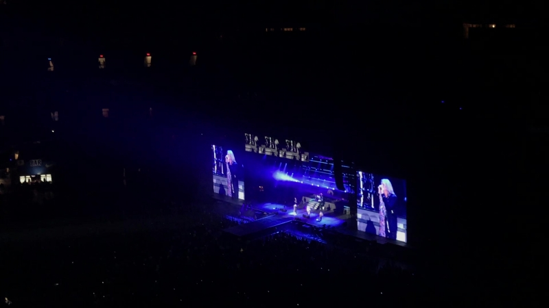Def Leppard When love and hate collide