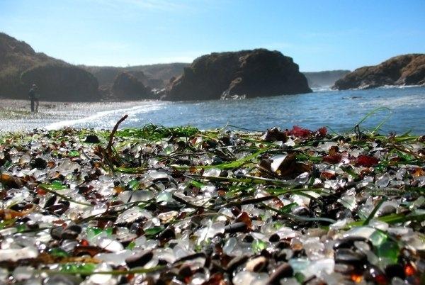 Стеклянный пляж Форт-Брагг