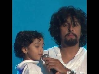 Индийская песня -Сону Нигам с сыном