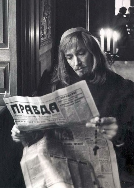 Юмор ) Старый добрый анекдот о том, зачем нужна газета «Правда»
