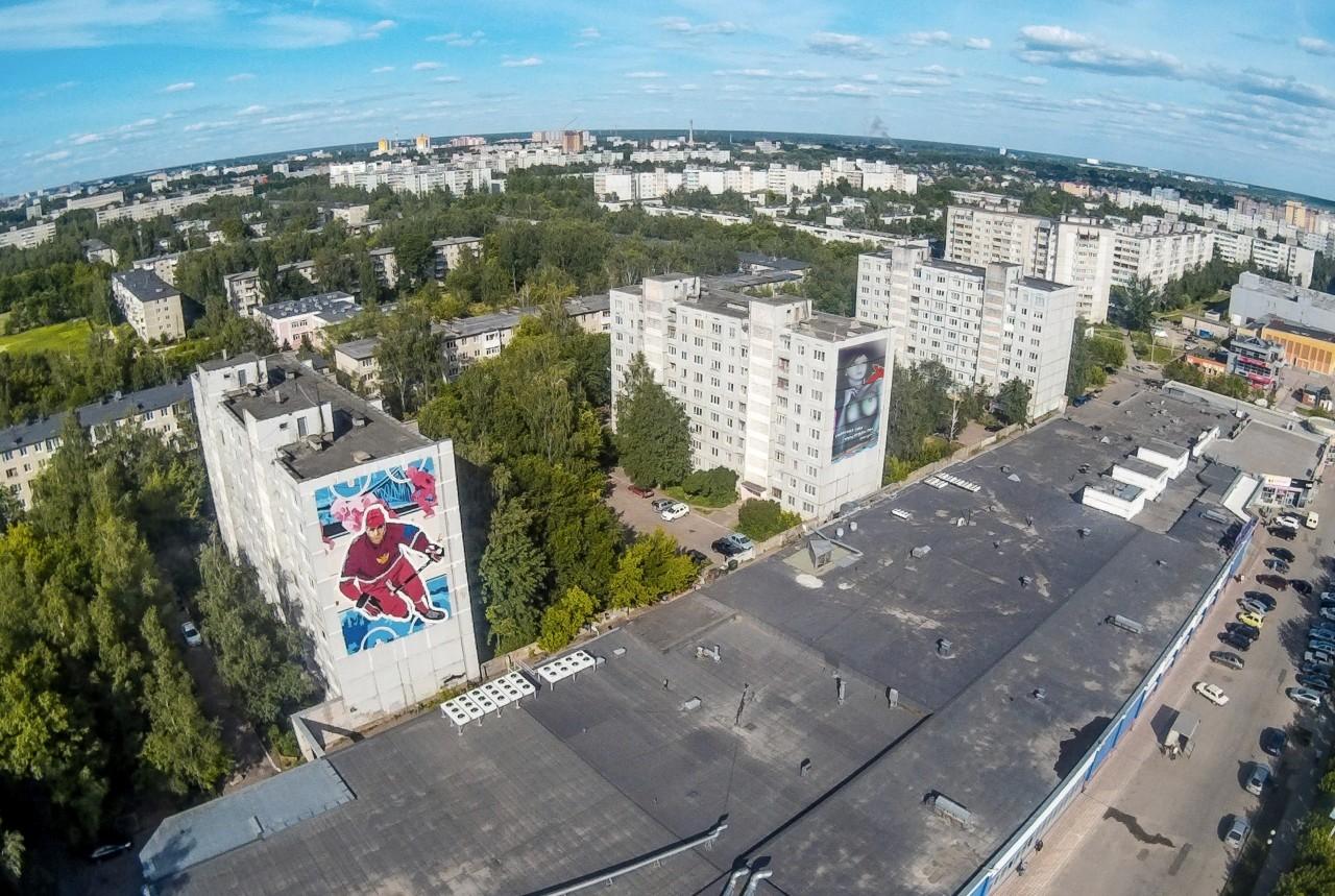 Гостей города будут встречать граффити с хоккеистом и.