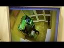 Нападение на банкомат с кувалдой