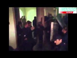 Луганск.. Милиция не оказала сопротивления