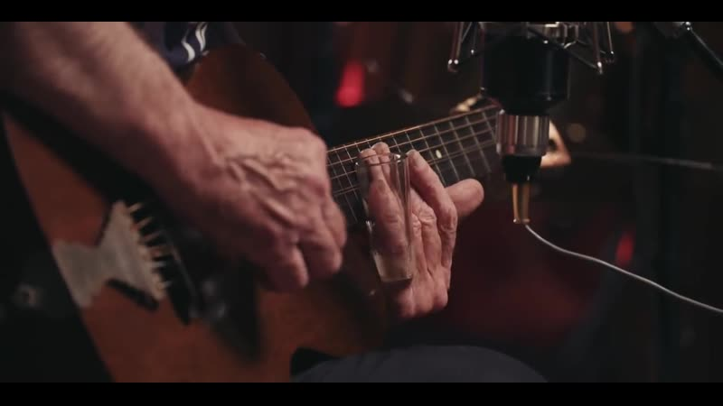 Ry Cooder Everybody Ought to Treat a Stranger Right Live in studio
