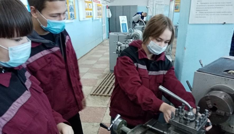 Студенты Петровского политеха проходят учебную практику