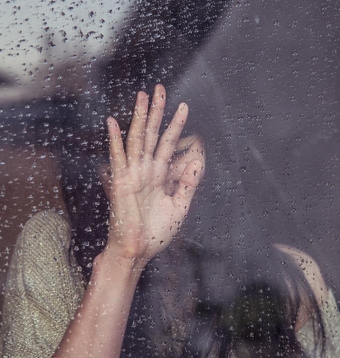В Волжске женщина выпала из окна после ссоры со своим сожителем
