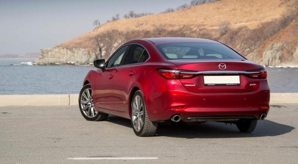 Вместо голой немки: первый тест-драйв новой Mazda6. Радикальный и последний рестайлинг в третьем поколении Mazda6, пытающейся конкурировать с немецкими премиум-брендами, привнёс в модель и
