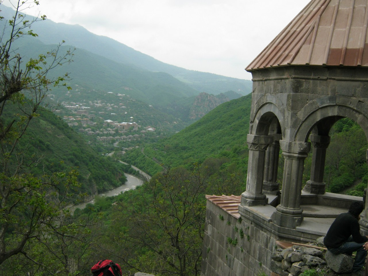 С монастыря Кобайр вид на каньон Дебед