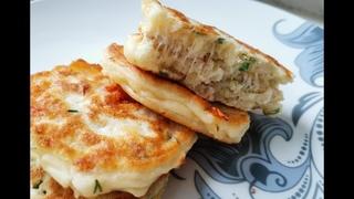 САМЫЕ ВКУСНЫЕ ЛЕПЕШКИ С НАЧИНКОЙ! Пышные лепешки на кефире! Лепешки с томатом, сыром и курицей
