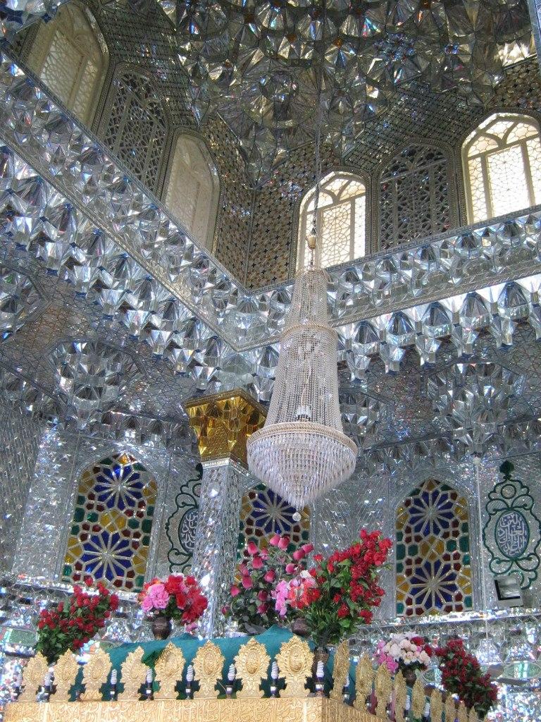Имамзаде в городе Лар, Иран