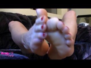foot worship Mandy Flores