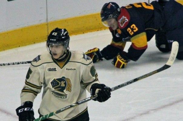 суярков хоккей фото убедительно актер