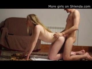 Young petite blonde skinny teen teen doggy sex. College couple Домашнее любительское частное видео