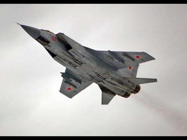 Российский МиГ 31 испугал норвежского пилота неожиданным маневром