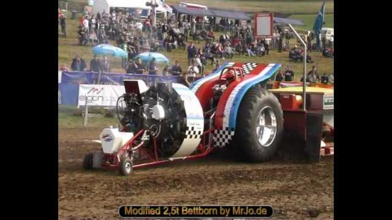 Modified 2,5t Bettborn Tractor Pulling