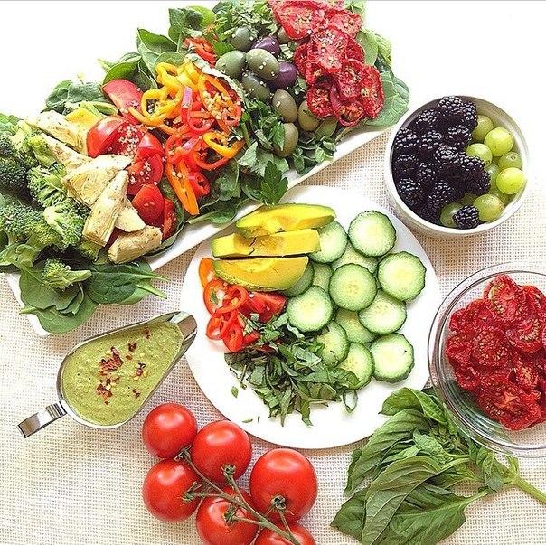 9 продуктов, которые помогают быстро сбросить вес  Похоже, давняя...