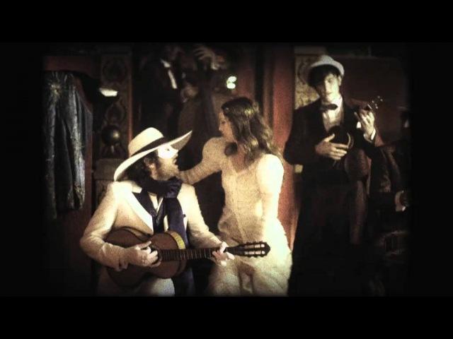 Vanessa Paradis et M dans La Seine clip officiel d'UN MONSTRE A PARIS