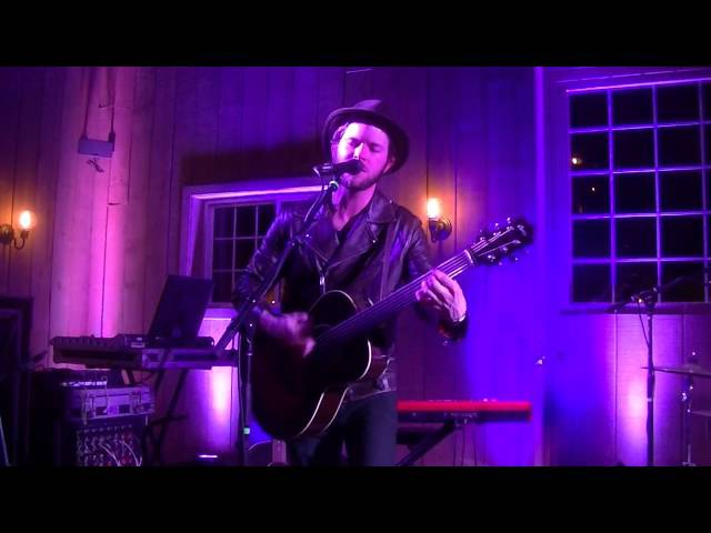 Matthew Mayfield-Heart Shaped Box(Nirvana cover) live in Hartland,WI 4-23-15
