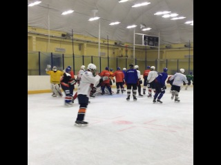 """ХК «Брянск» on Instagram: """"Футбол — хорошая игра, но для хоккеистов лишь разминка... на льду! #мхл #лигасильных #хкбрянск #тренировка #пересвет"""""""