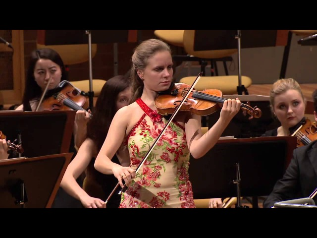 Bach - Concert for Violin a-minor - Julia Fischer - Baltic Sea Youth Philharmonic