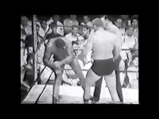 The Crusher Reggie Lisowski vs Hank Lane 1950's Chicago professional wrestling