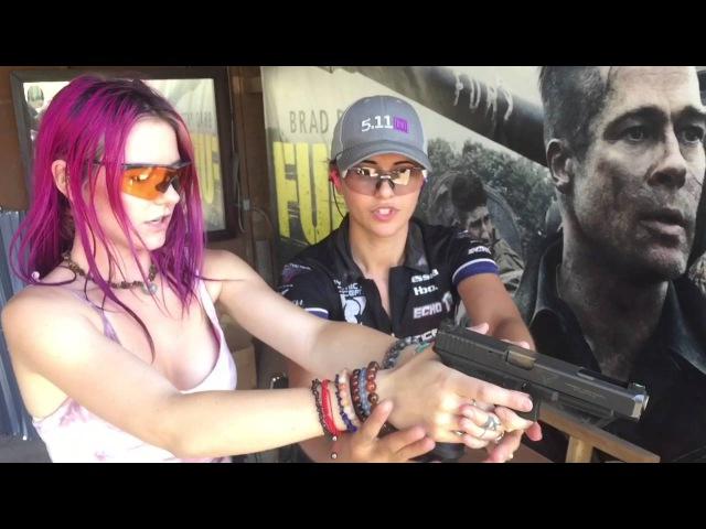 Jessica Hook teaching Jade grip stance