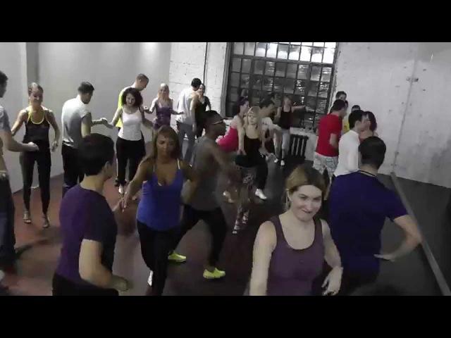 Yoandy Villaurrutia Salsa O1422