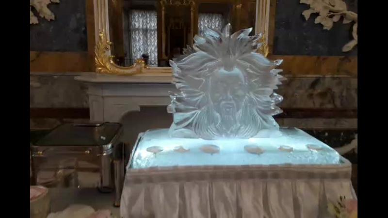 Ледяная скульптура для подачи икры в Мраморном дворце MariaCrystalIce 7-905-204-77-53 www.maryice.ru