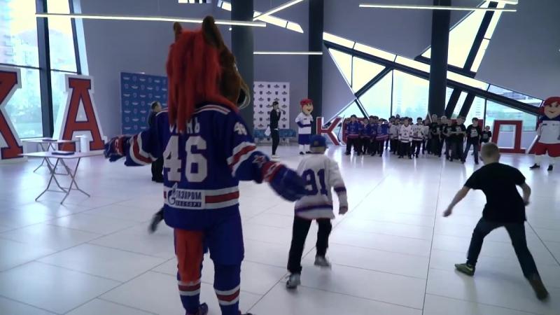 Собирание паззлов с игроками СКА в «Хоккейном городе»