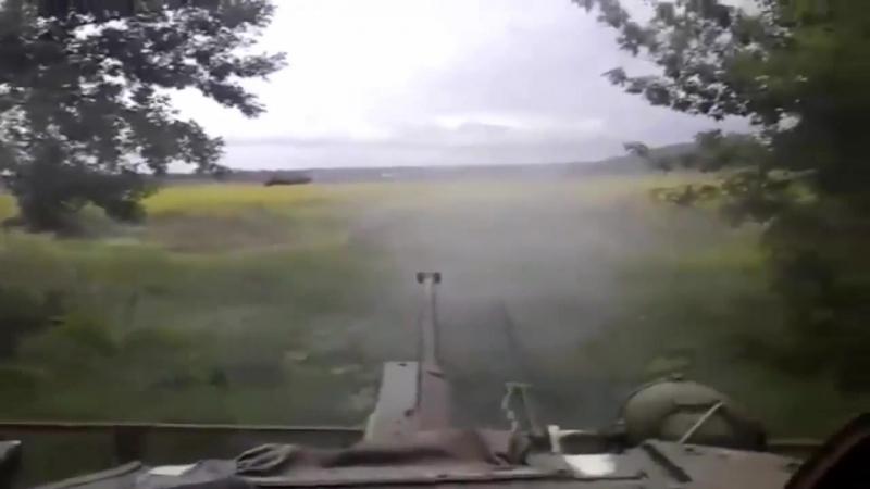 18 Колонна ВСУ столкнулась с диверсантами ДНР Donbass,Ukraine 2015.mp4