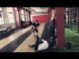 Фирменный подход к обучению ходьбы на руках))) Вдохновили @gorci_ot_umaДВОЙНОЙ ПОДХОД К КАЖДОМУ КЛИЕНТУ💪г. Шымкент, ул. Турке