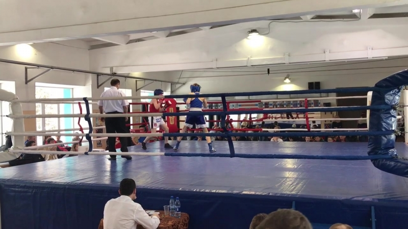 Лебедев Никита 2 бой 1 раунд
