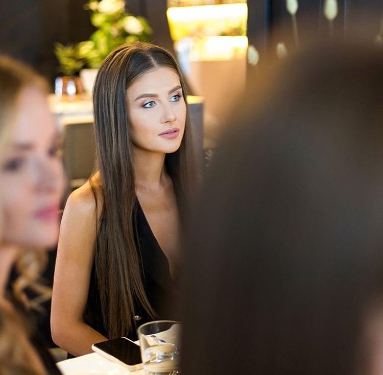 Rozhden Anusi - Galina Prystash - Bachelor Ukraine - Updates - Discussion  - Page 8 4Nt4lBYNJmI