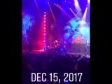 Леди Гага на концерте Лайонела Ричи в лас-вегасском The AXIS (15.12.2017)