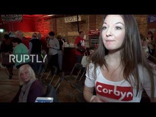 Великобритания: Корбин приподнятое после убедительной победой на выборах руководителя партии труда.
