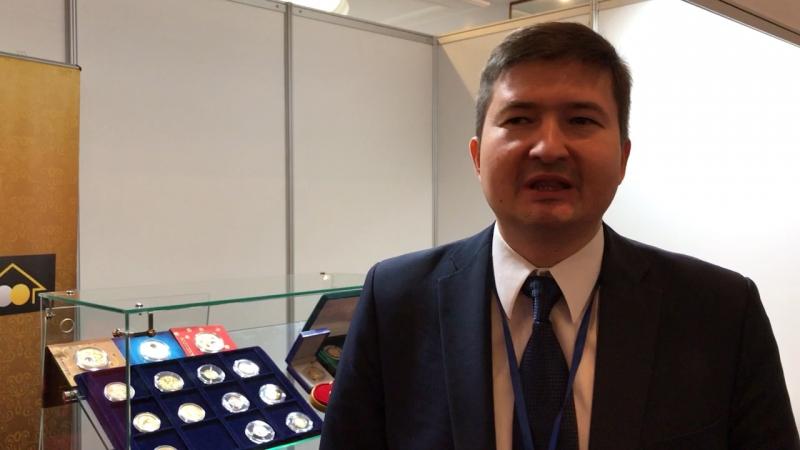 Алексей Вязовский, вице-пр-нт ЗМД, на выставке COINS-2017 желает клиентам Golding Life успешно инвестировать в золотые мо